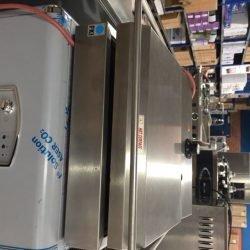Toaster / klaprister, FKI TL 5209 Keramiske stegeplader, BRUGT TIL TEST