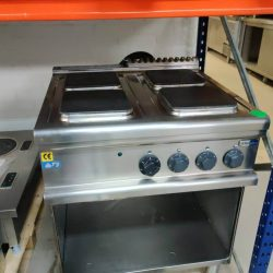 Kogebord med firkantede blus fra Electrolux, brugt
