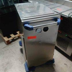 Transportkasse / termoboks fra Rieber på hjul, med termometer uden varme, brugt