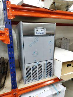 Isterningemaskine fra Icematic E-klasse topmodel, brugt 1 måned