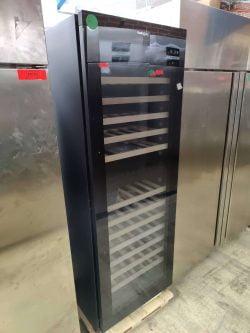 Vinkøleskab fra Gastrowine vi180D, demomodel