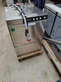 Underbordsopvasker model Basic, Brugt 1 måned med sæbe, afspænding og drænpumpe
