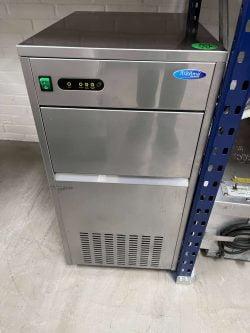 Isterningemaskine fra Maxima M-ICE60 brugt   (60 kg)