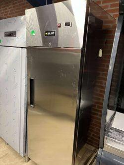 Industrikøleskab BASIC RP7 med 1 hylde, DEMOMODEL (2 stk haves pris pr stk)